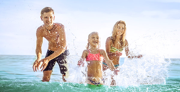 SCHOOL'S OUT: UP TO 55% OFF FAMILY VACAYS.    Plus up $200 off & up to $1,000 in resort credit.