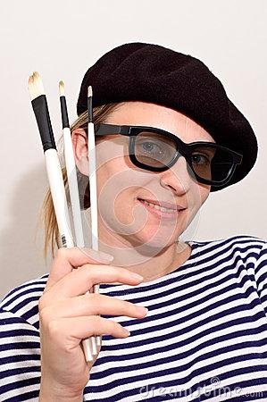 artist-beret-brushes-25298508.jpg