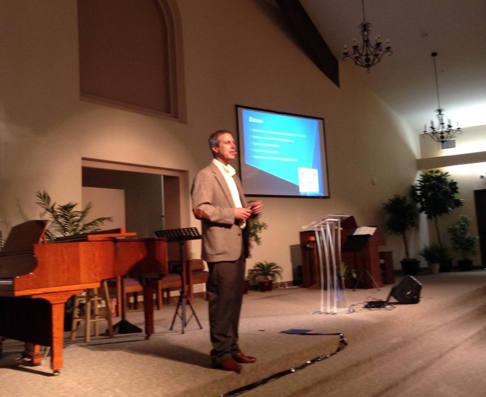 Gerry presenting a marriage seminar in Oregon.
