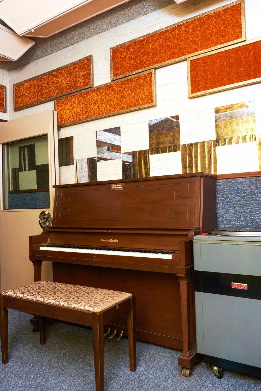 Valentine-Studio05201.jpg