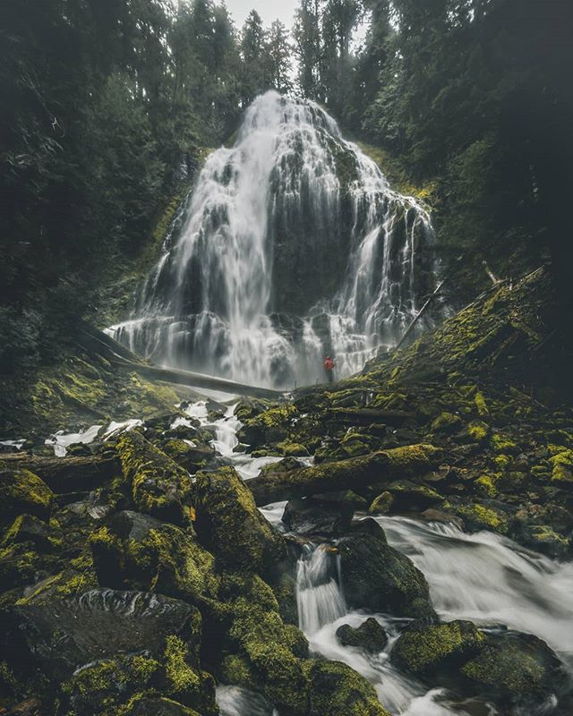 There's nothing quite like being in front of a 200 foot cascading waterfall, listening to the rush of water, to make you feel small. . . . . (And very wet)