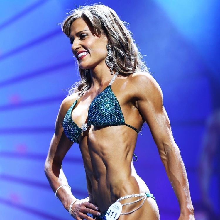 Personal Trainer and WBFF Star Anna Reich.