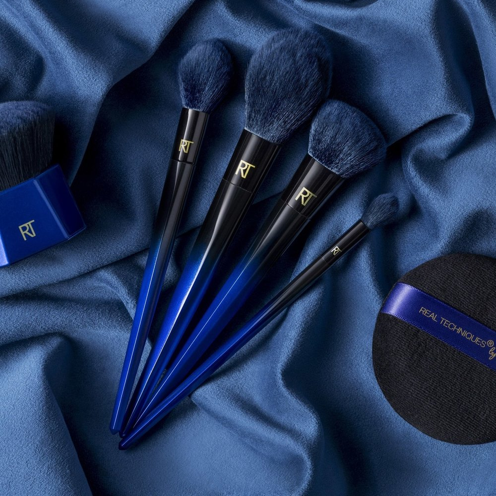 Powder Bleu for Real Techniques.