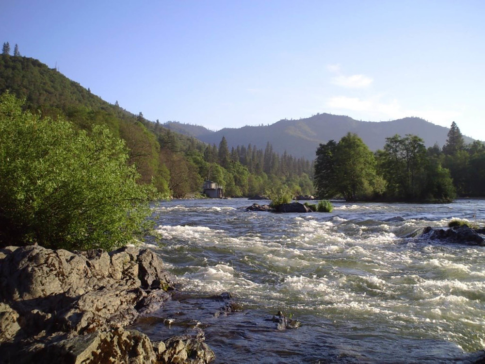 Rogue River @ Gold Hill_web.jpg