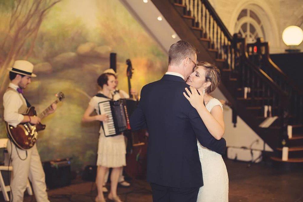 NYC Wedding Planner - Bjorn & CompanycwvDm9asA_Lw9YsGTQNy8vWzhk4jh.jpg