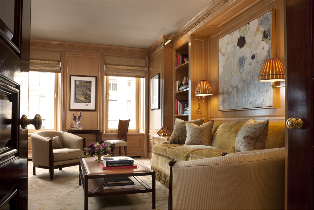 LSI-web-fifth-ave-interior-seating-1.jpg