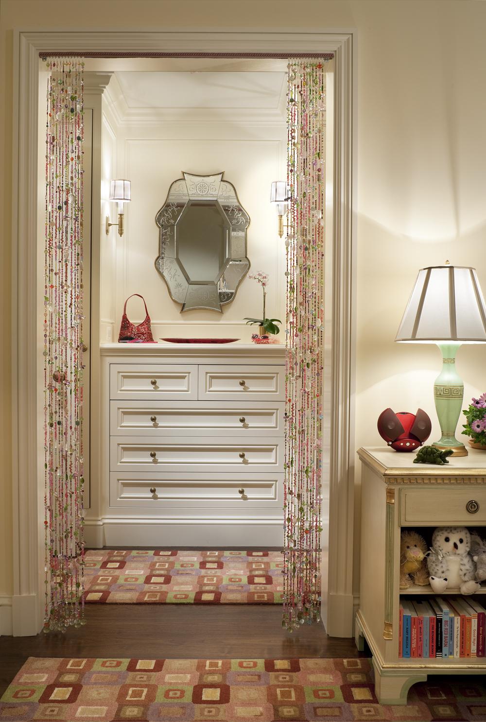 LSI-web-fifth-ave-interior-bedroom-entrance-3.jpg