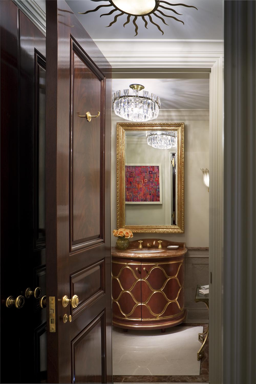 LSI-web-fifth-ave-interior-bathroom-2.jpg