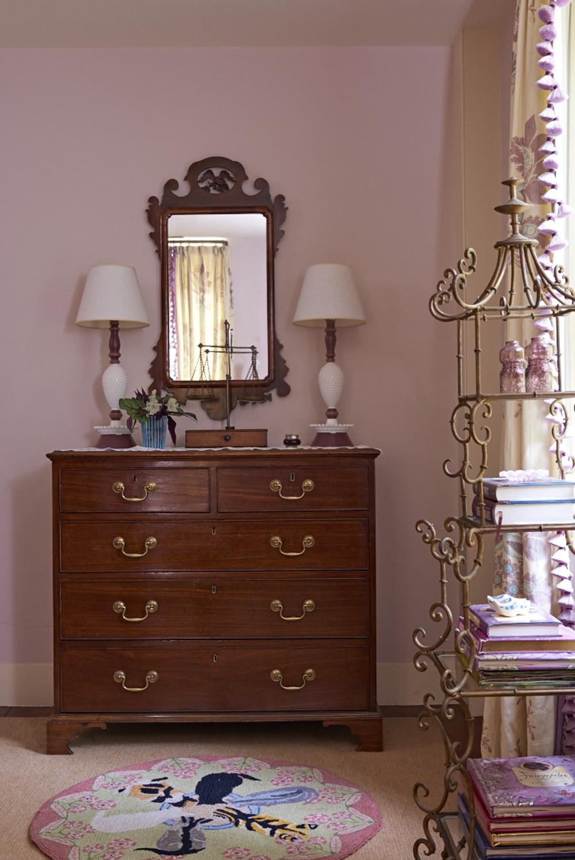 llewellyn-web-cornwall-daughters-bedroom-2.jpg