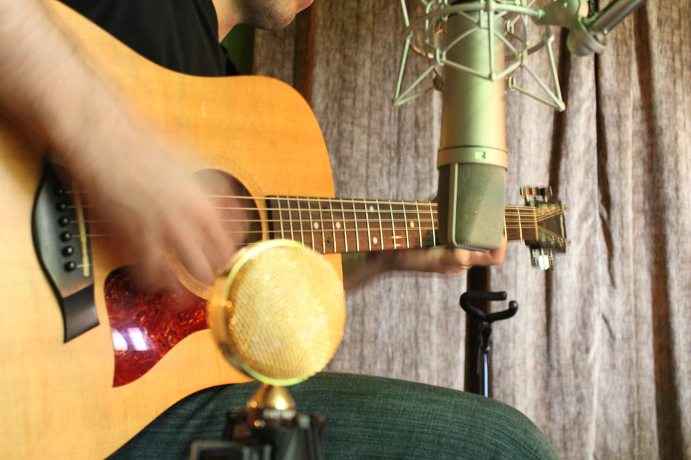 Sean recording his  https://www.taylorguitars.com/  Big Baby with a  http://www.neumann.com/  U87Ai and a  http://www.cascademicrophones.com/  FatHead.