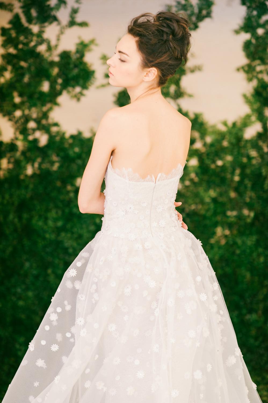 CarolinaHerrera.Fall2016.Bridal.1.jpg