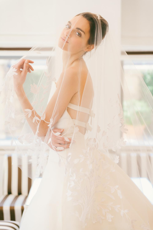 CarolinaHerrera.Fall2016.Bridal.6.jpg