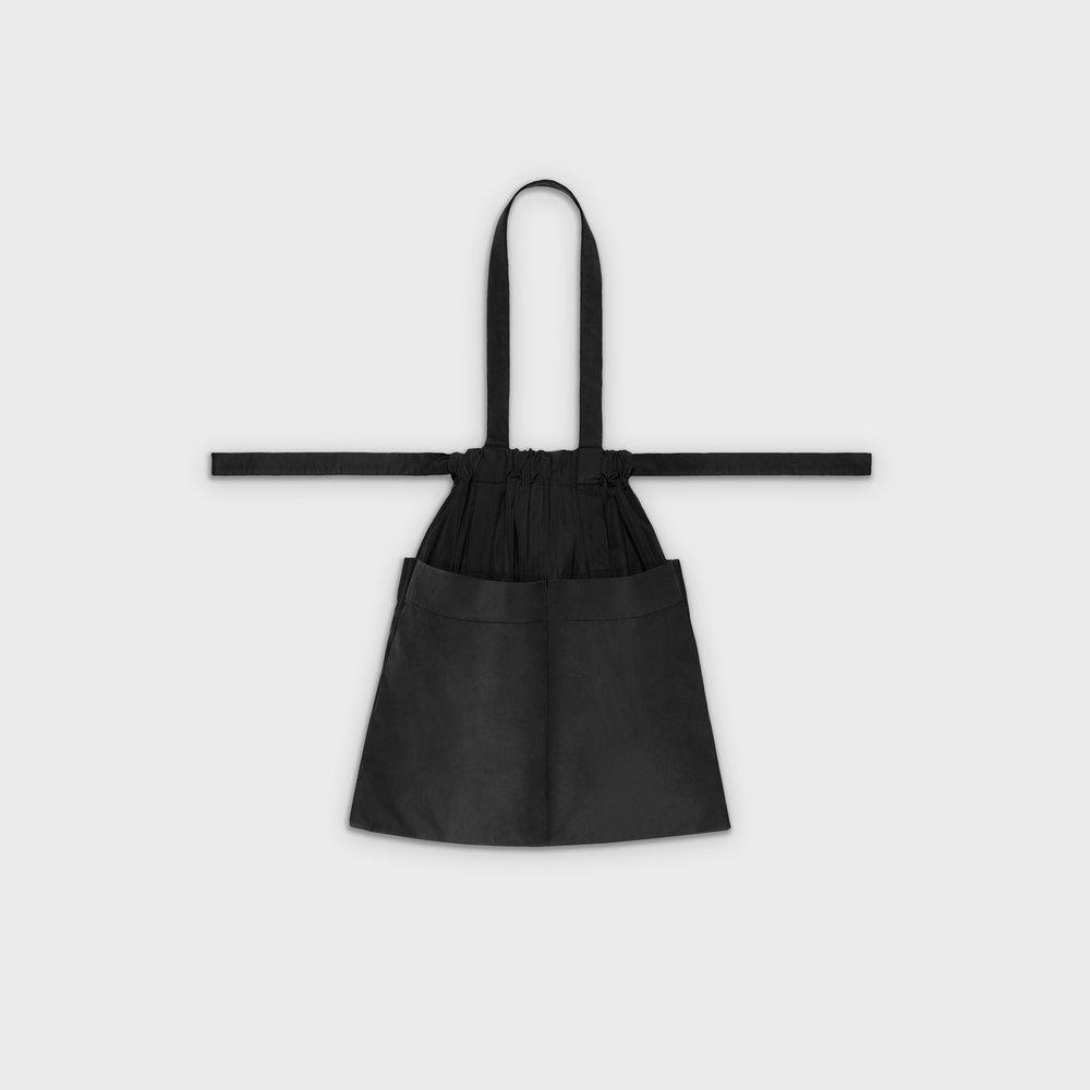 Drawstring bag M in black