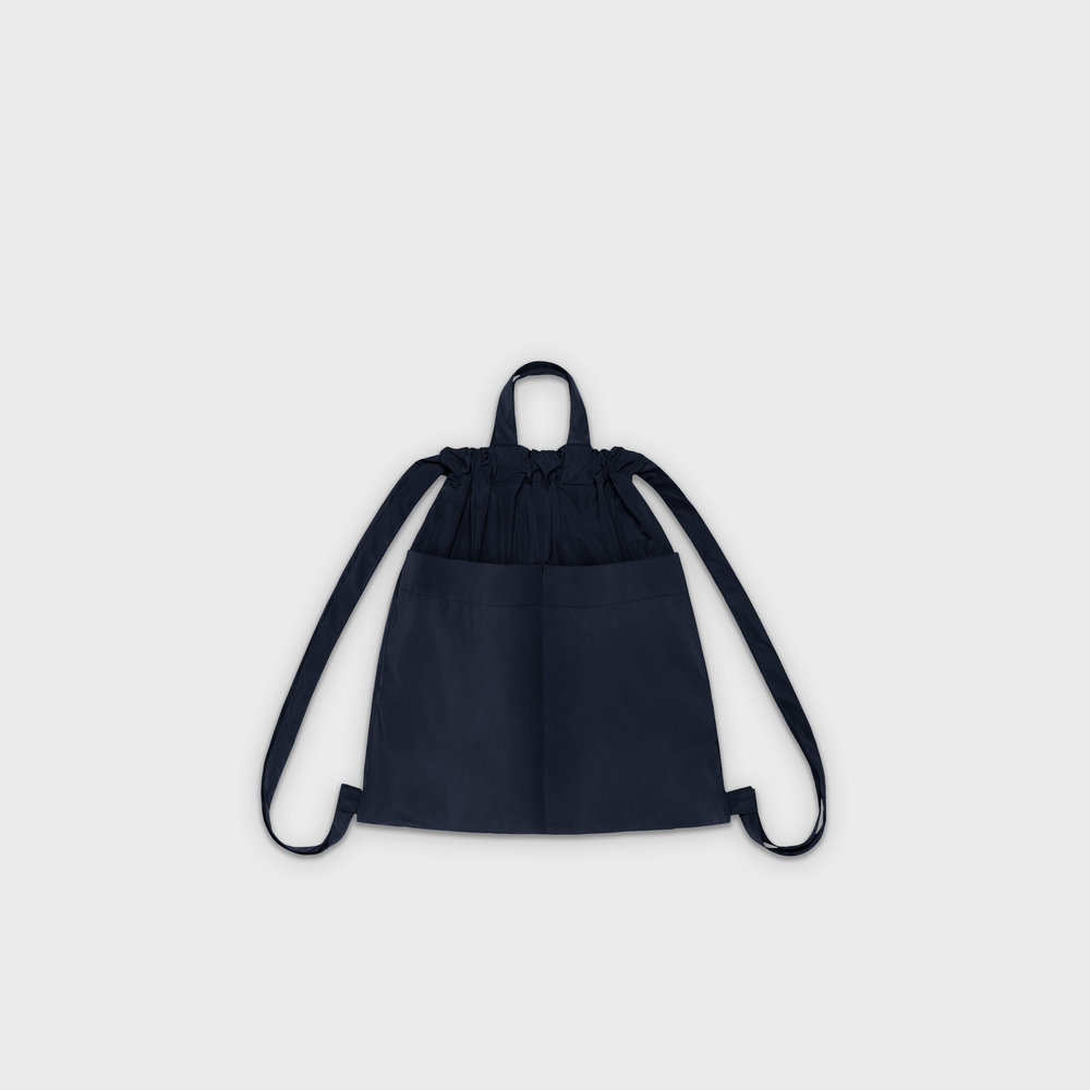 Day-Curious Drawstring Backpack M in navy