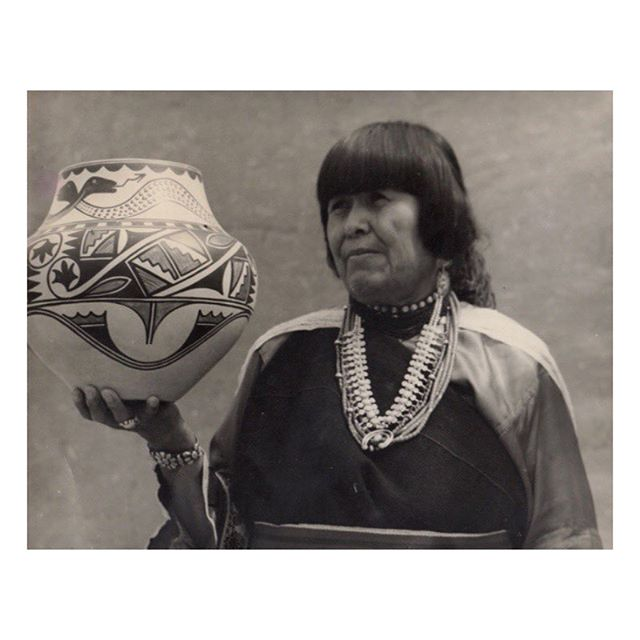 Maria Martinez: Master potter and matriarch. By dedicating her life to the ancient art of pottery, Maria Martinez lifted up her family, her Pueblo, and the status of Native American art. Read the full story in ISSUE NO. 02 of @territorymagazine / #womenofthwest  photo: ©️ Millicent Rogers Museum, Taos, New Mexico / writing: @ursulabasinger