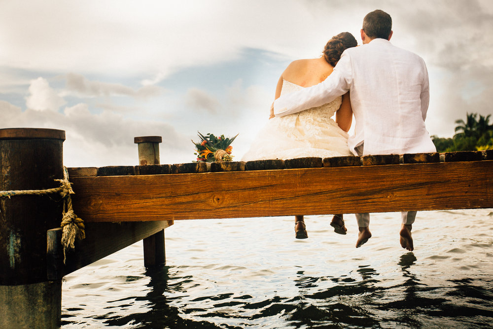 Roatán Honduras wedding, dock over the water