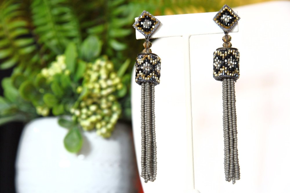 Dangle Earrings - Keep your fall looks bold, fun, & stylish by incorporating dangle earrings into your wardrobe! These earrings are great because of their versatility to go from casual to dressy!