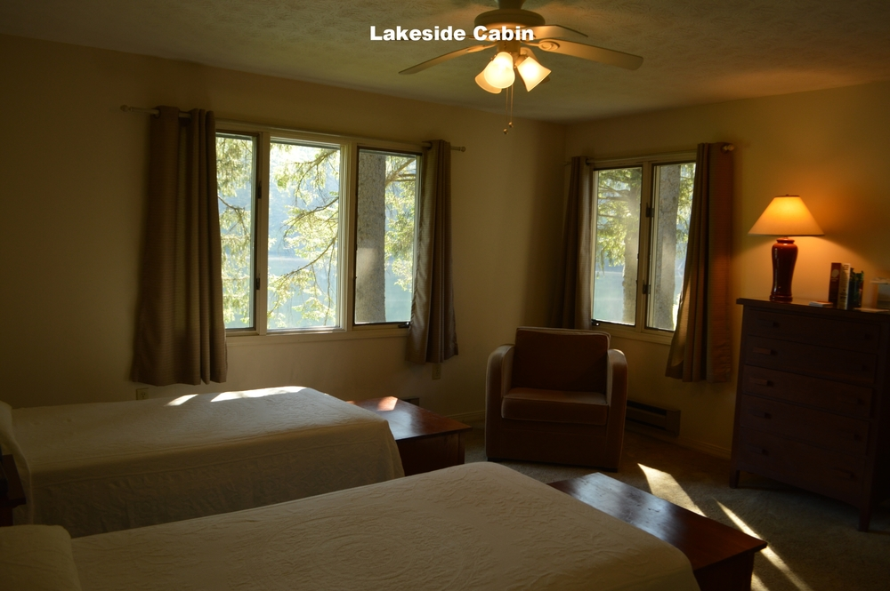 Lakeside Bedroom.JPG