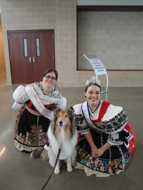 Three queens were present: Miss Reveille IX, made an appearance at the celebration.  Following Miss Reveille, special appearances were also made by Sara (Middlebrook) Armor, the 2006 Miss Czech-Slovak USA Queen, and Jana (Vaculik) Riley, the 2001 Miss Texas-Czech Slovak Queen Independent Representative.