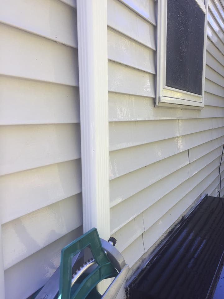 The same home after our Soft House Washing process in Killingly, CT!