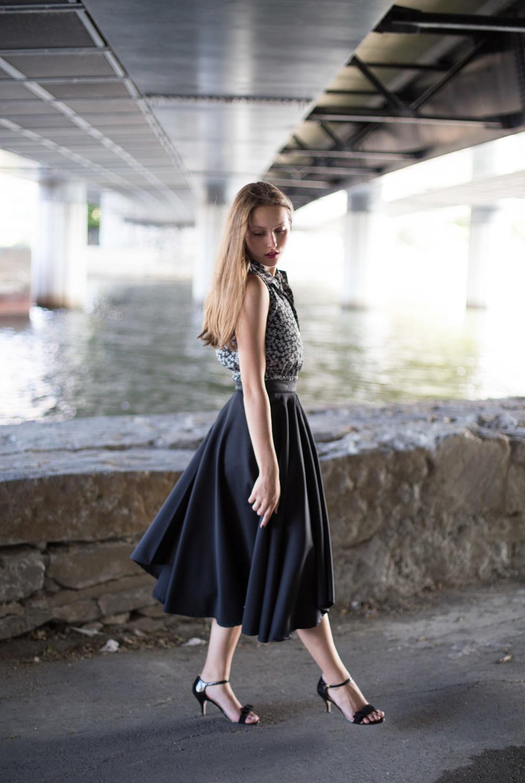 IamSandrine_Elisa_C_Rossow_black_Skirt-4.jpg