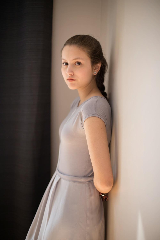 IamSandrine_Josiane_Perron_Light_Gray_Dress-3.jpg