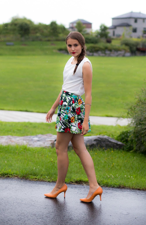 IamSandrine_SheInside_Printed_Skirt-2.jpg
