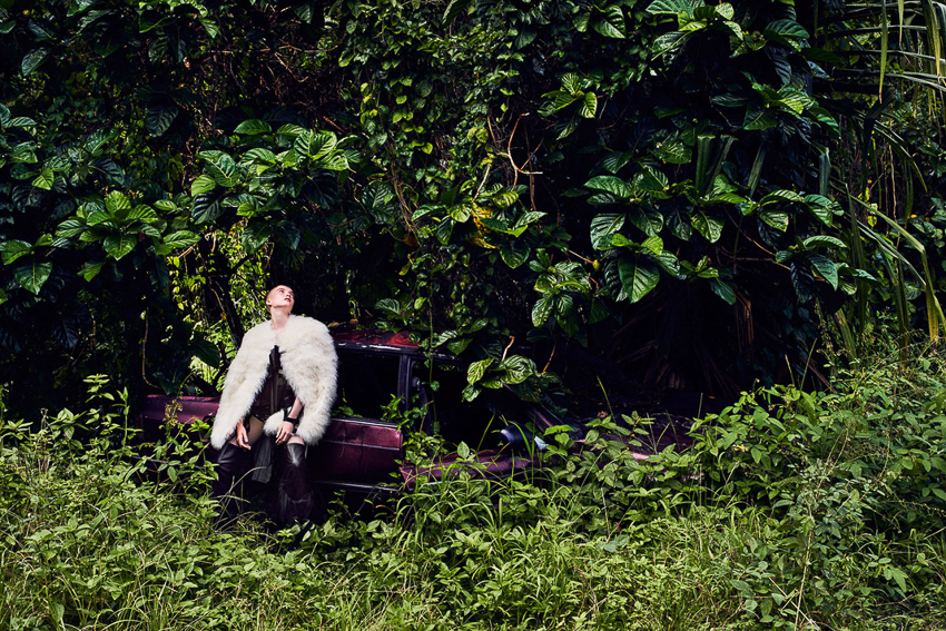 Vogue-China-September-2016-Ruth-Bell-by-Ryan-McGinley-3.jpg
