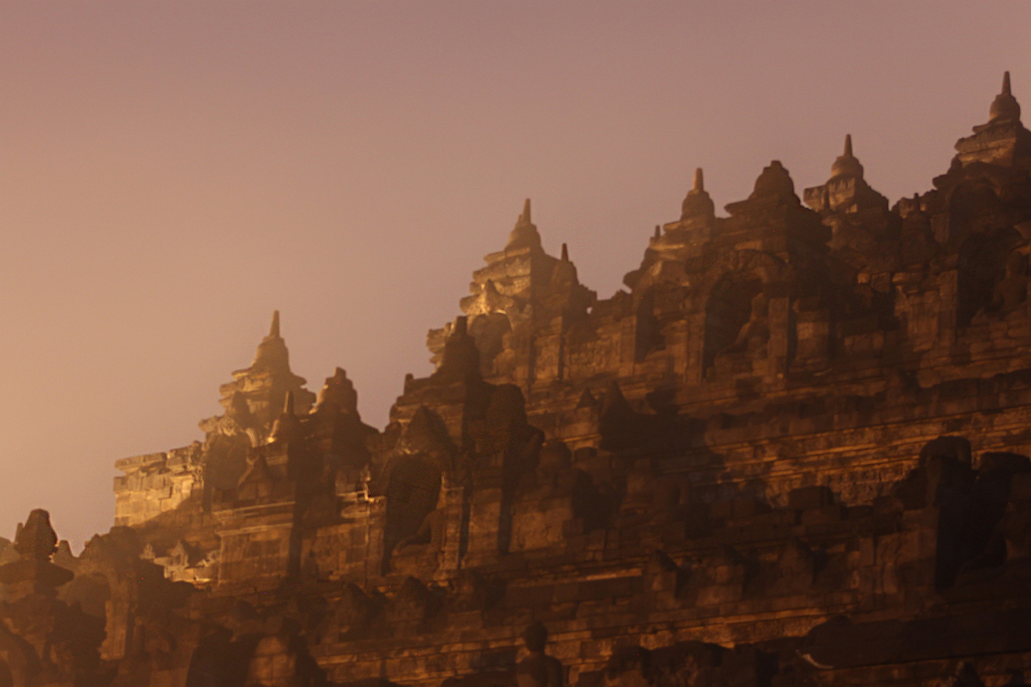 DO NOT MISS - BOROBUDUR AT SUNRISE