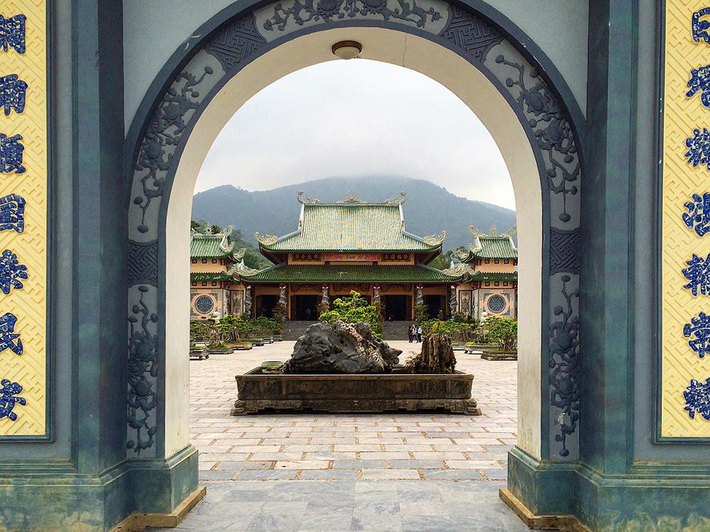 HoiAn_LadyBuddhaPagoda.jpg