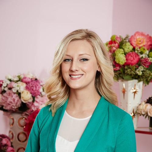 Bridget Murray    PR COORDINATOR
