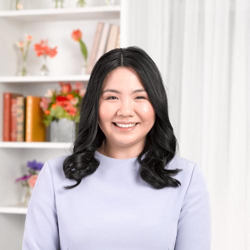 Celia Fung    EXECUTIVE ASSISTANT