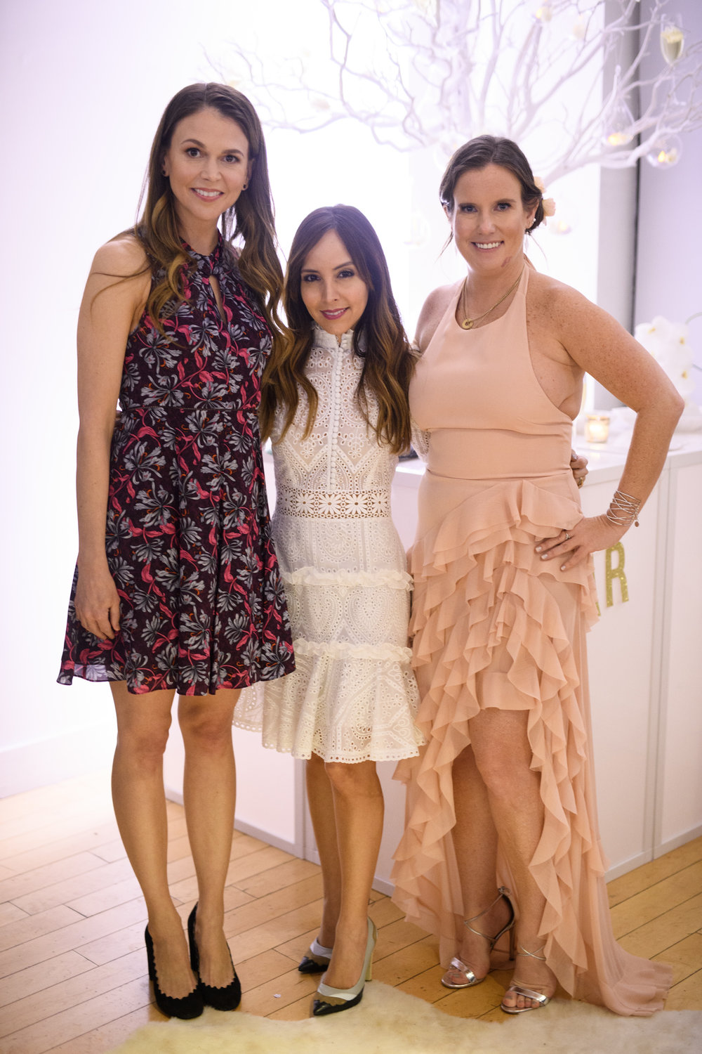 Bronwen Smith with Lilliana Vazquez and Sutton Foster // GETTY / David Kotinksy