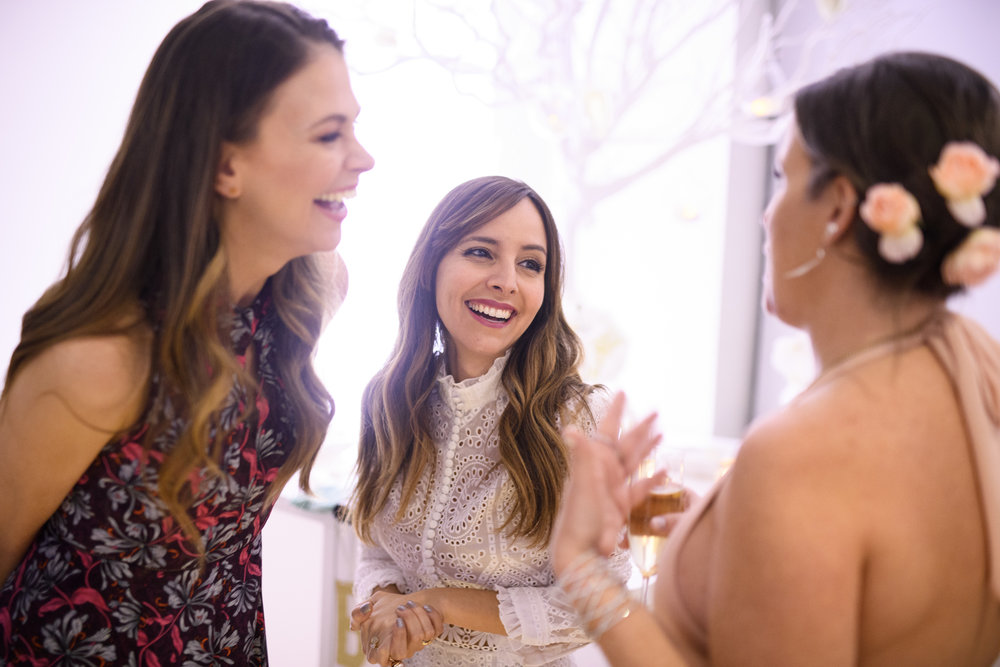 Bronwen Smith with Lilliana Vazquez and Sutton Foster // GETTY / David Kotinsky