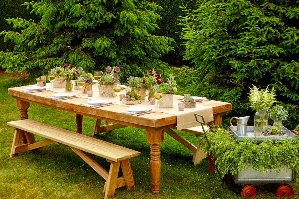 Summer Soirée Tablescape Inspiration