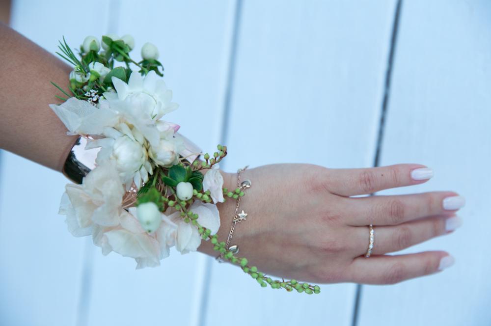 White Flower Bracelet - B Floral