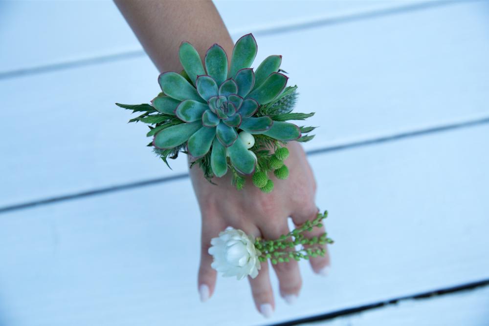 Green Floral Bracelet - B Floral