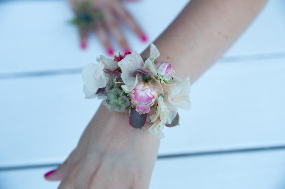 Pastel Colored Floral Bracelet - B Floral