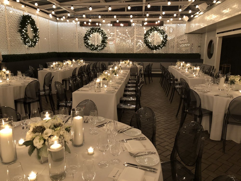 White and metallic tablescapes- B Floral