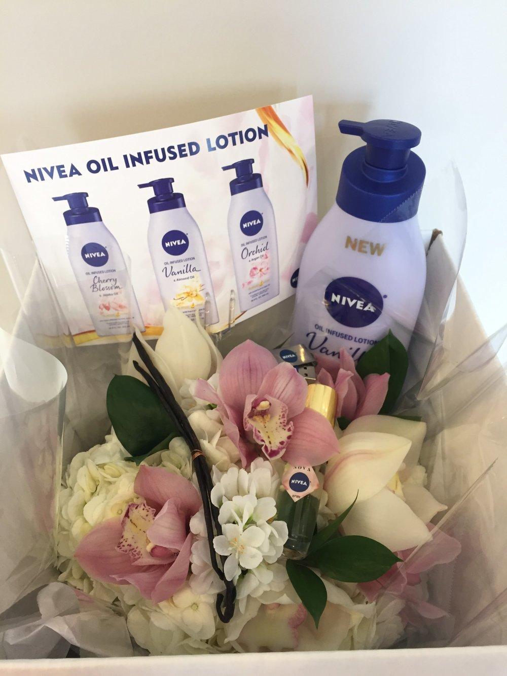 NIVEA Lotion Editor Gift- B Floral