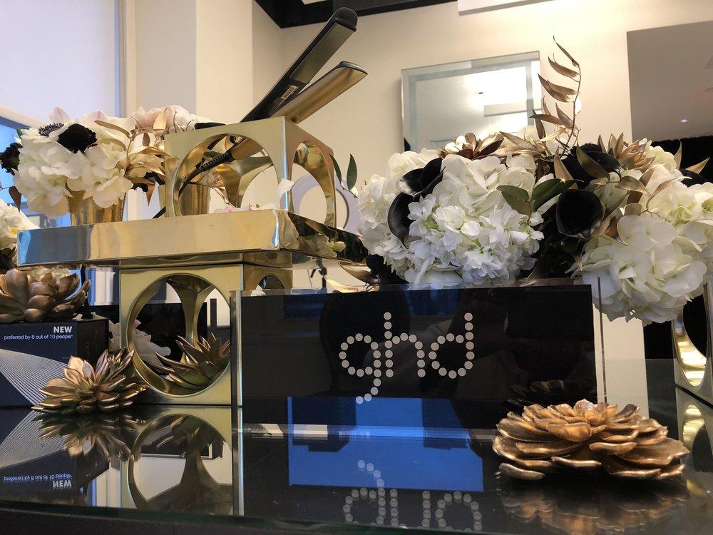 GHD Hair Gold & White Display- B Floral