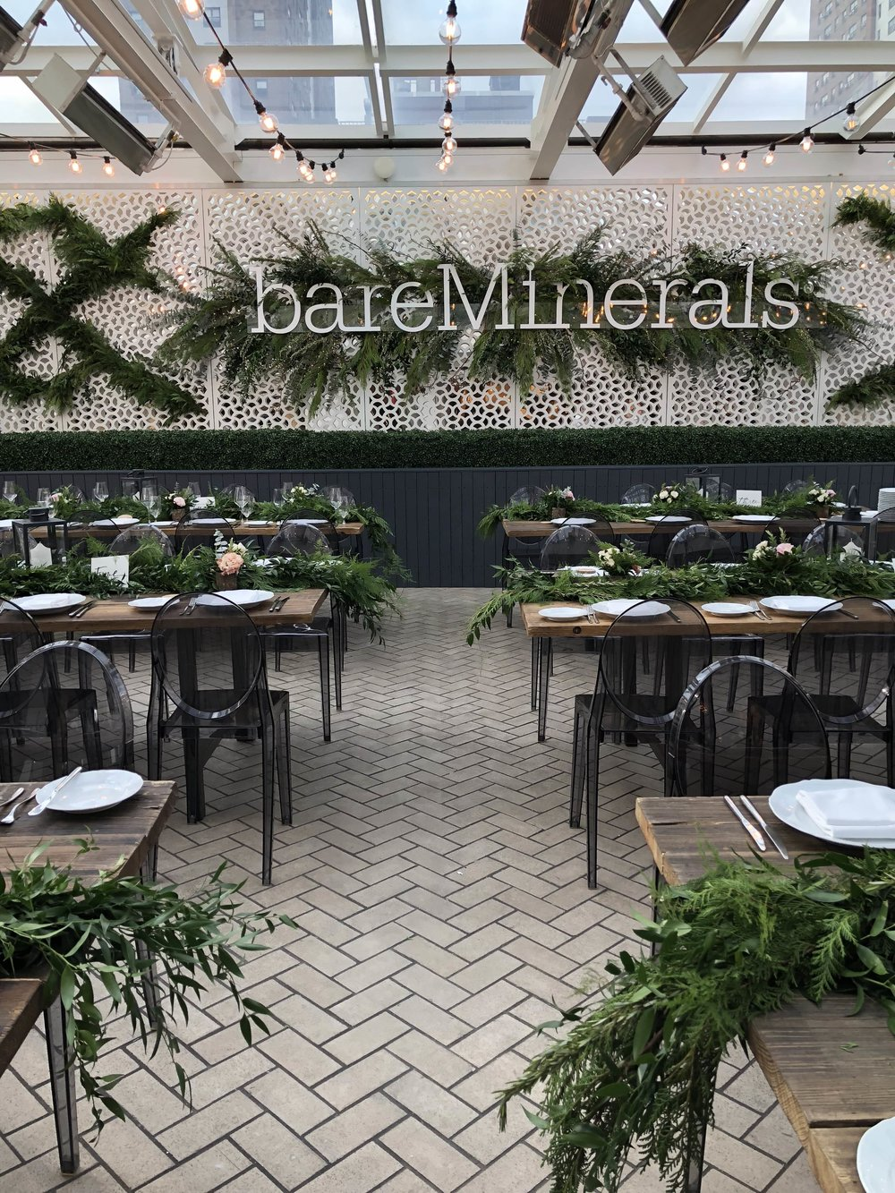Overview of Grennery-Filled Bareminerals Dinner- B Floral