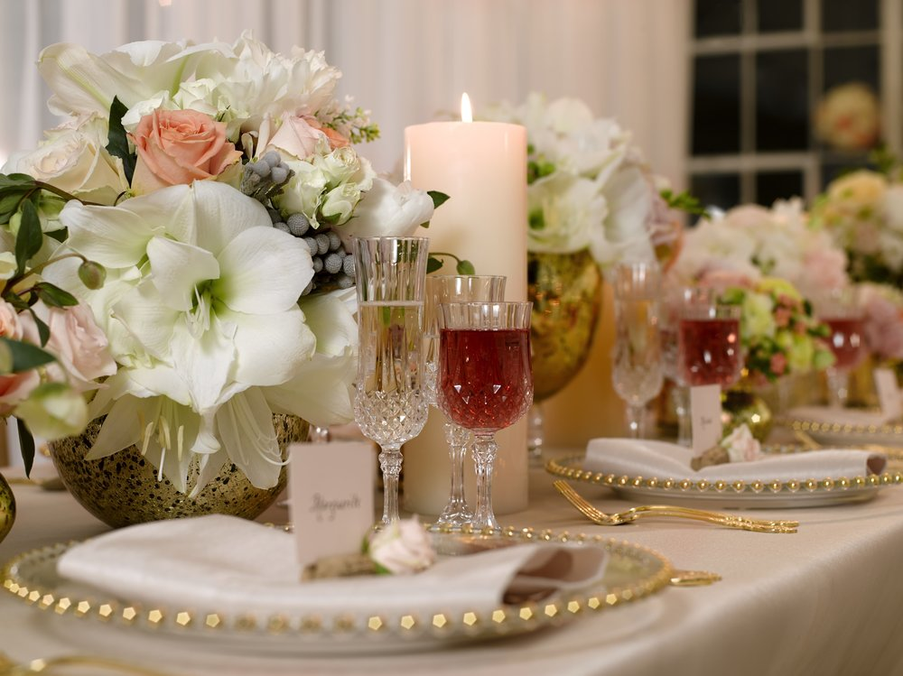 Cream & Peach Tablescape- B Floral