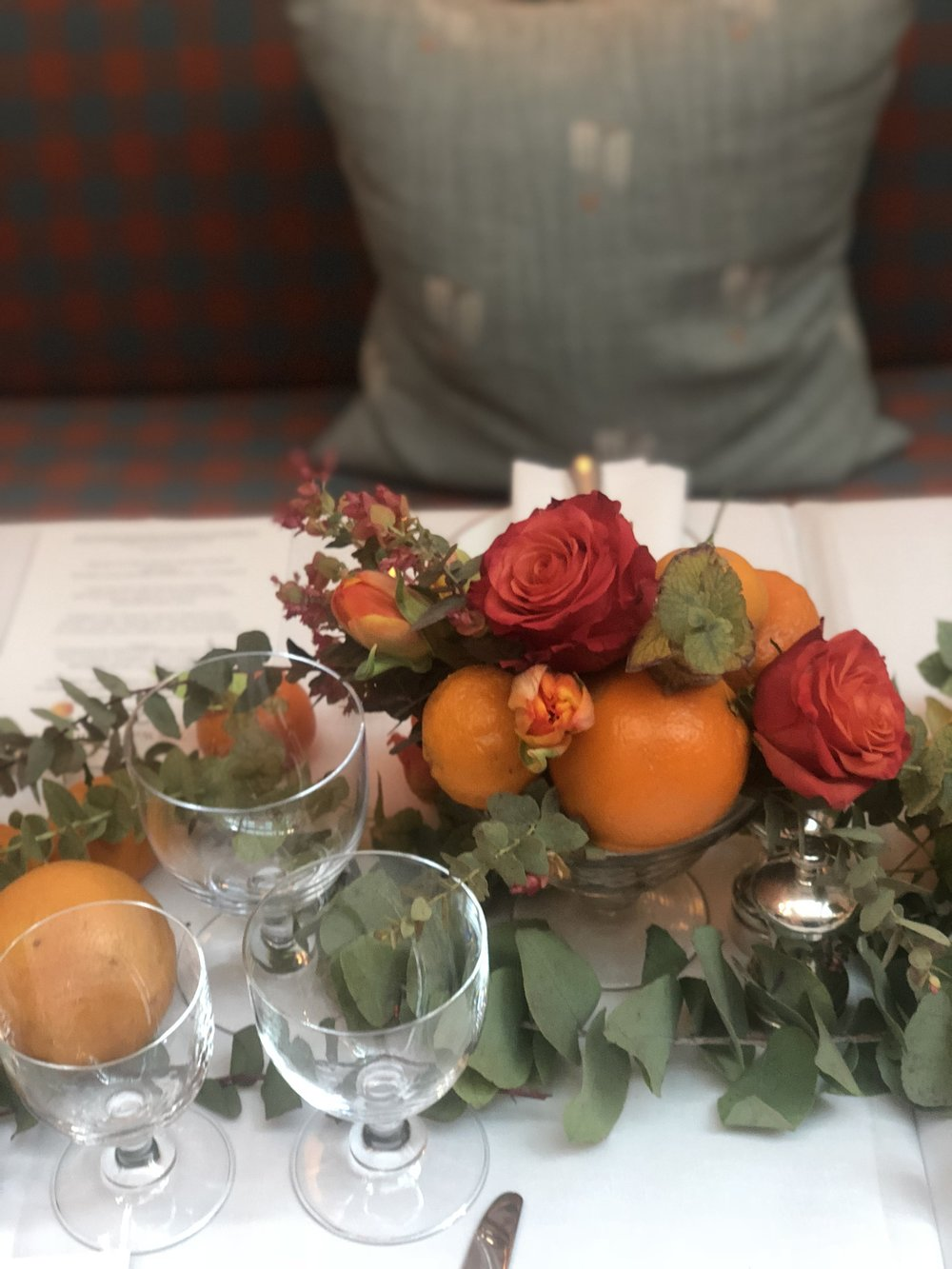 Vichy Editor Staycation Orange Tablescape- B Floral