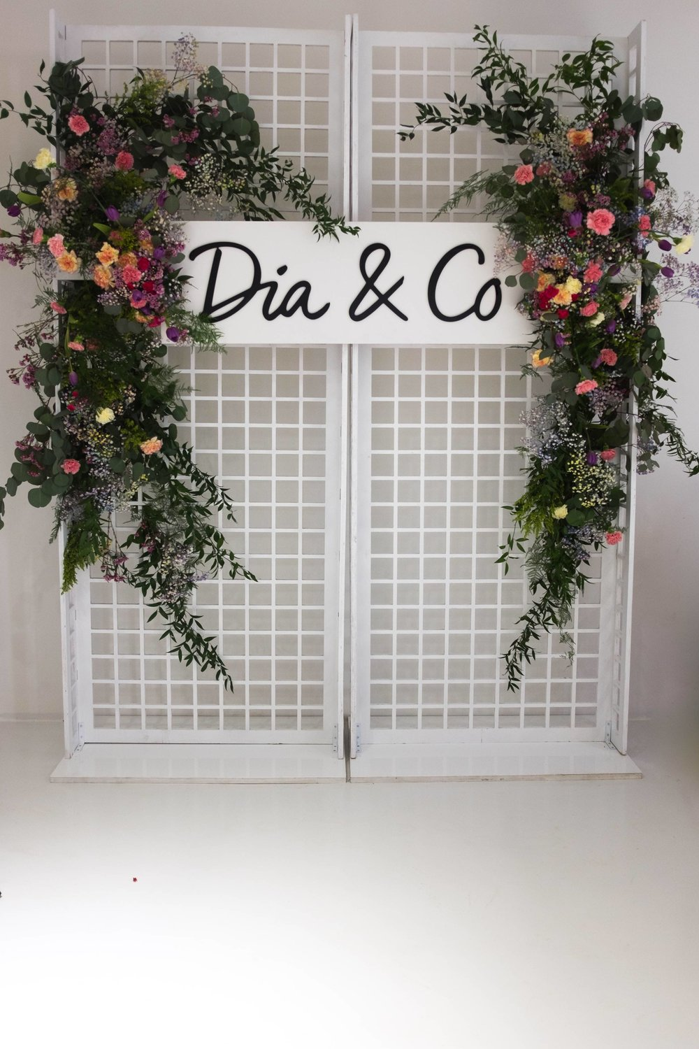Dia&Co Flower Wall- B Floral