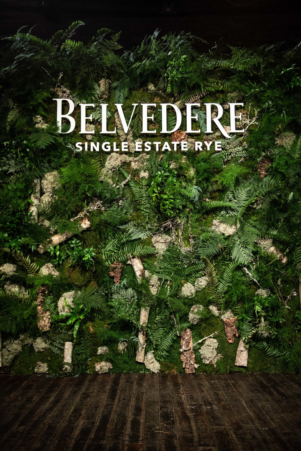Belvedere Vodka Single Estate Rye Wall- B Floral