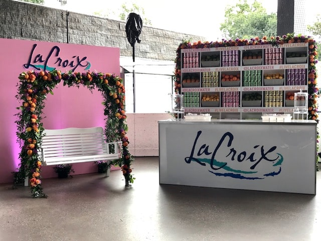 La Croix Booth And Floral Swing- B Floral