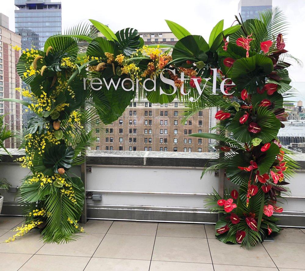 rewardstyle Rooftop Influencer Retreat- B Floral