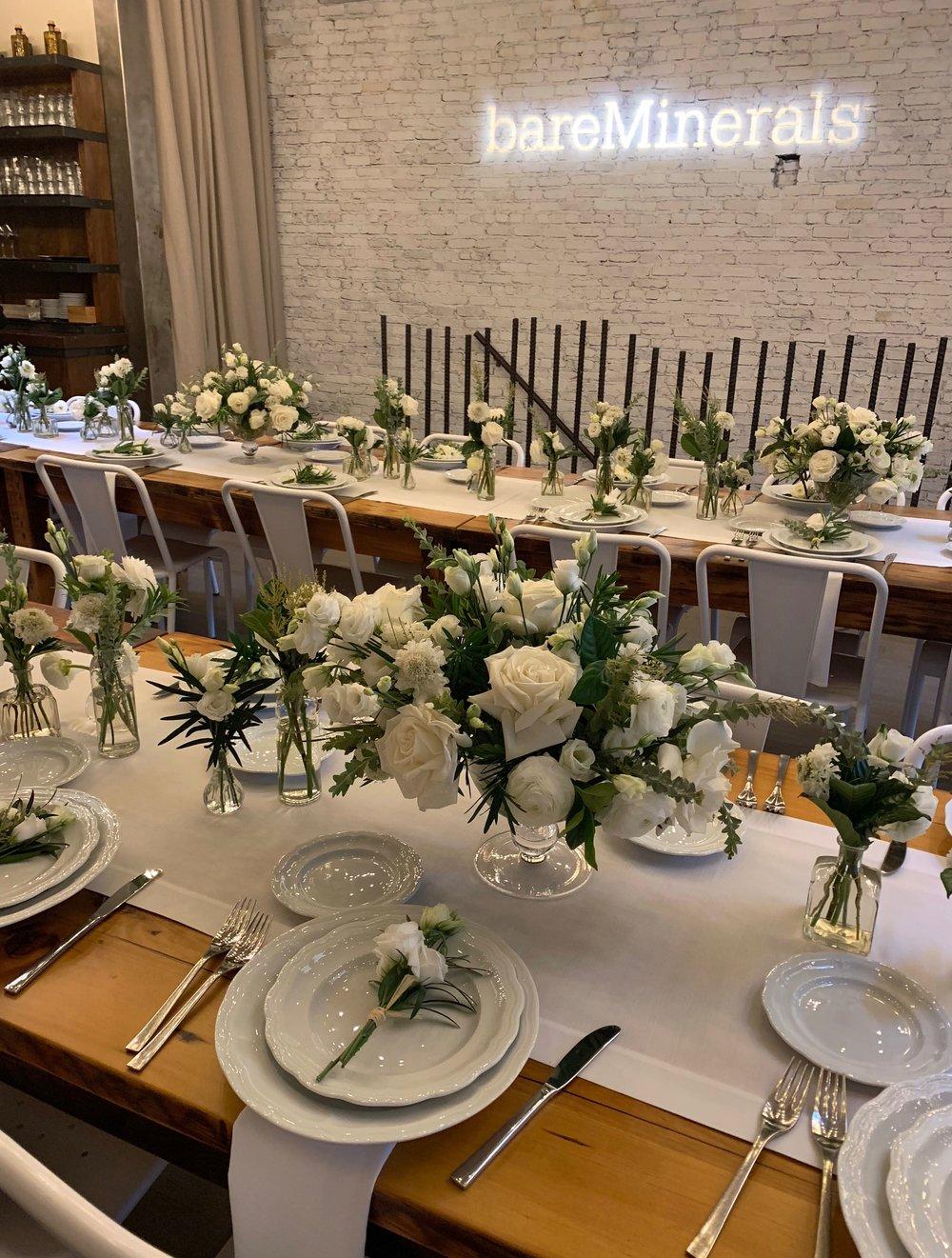 bareMinerals Rustic Tablescape- B Floral