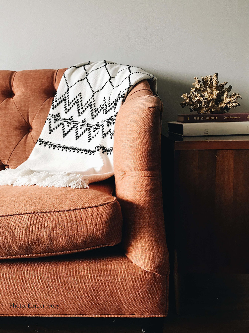 kid-friendly-living-room-ideas-blog-online-kids-interiors ember-ivory-456765-unsplash.jpg